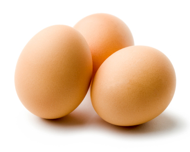 Ägg är en ingrediens när du gör en hårmask